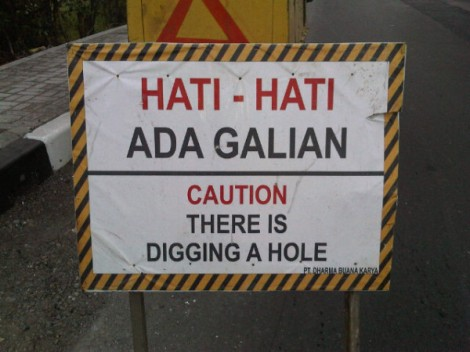 #EngPic: THERE IS DIGGING A HOLE