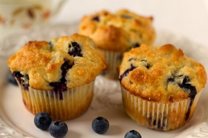 blueberry-muffins-2-550