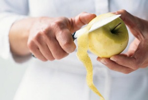 Peeling-Fruit-Image-via-cookinglight.com_