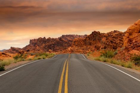 road-1303617_1280